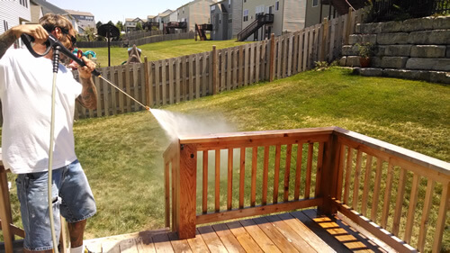 Spraying Deck North Kansas City - Deck Staining